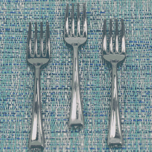 Forks - Silver Plastic - 500 units - 3.9 inches